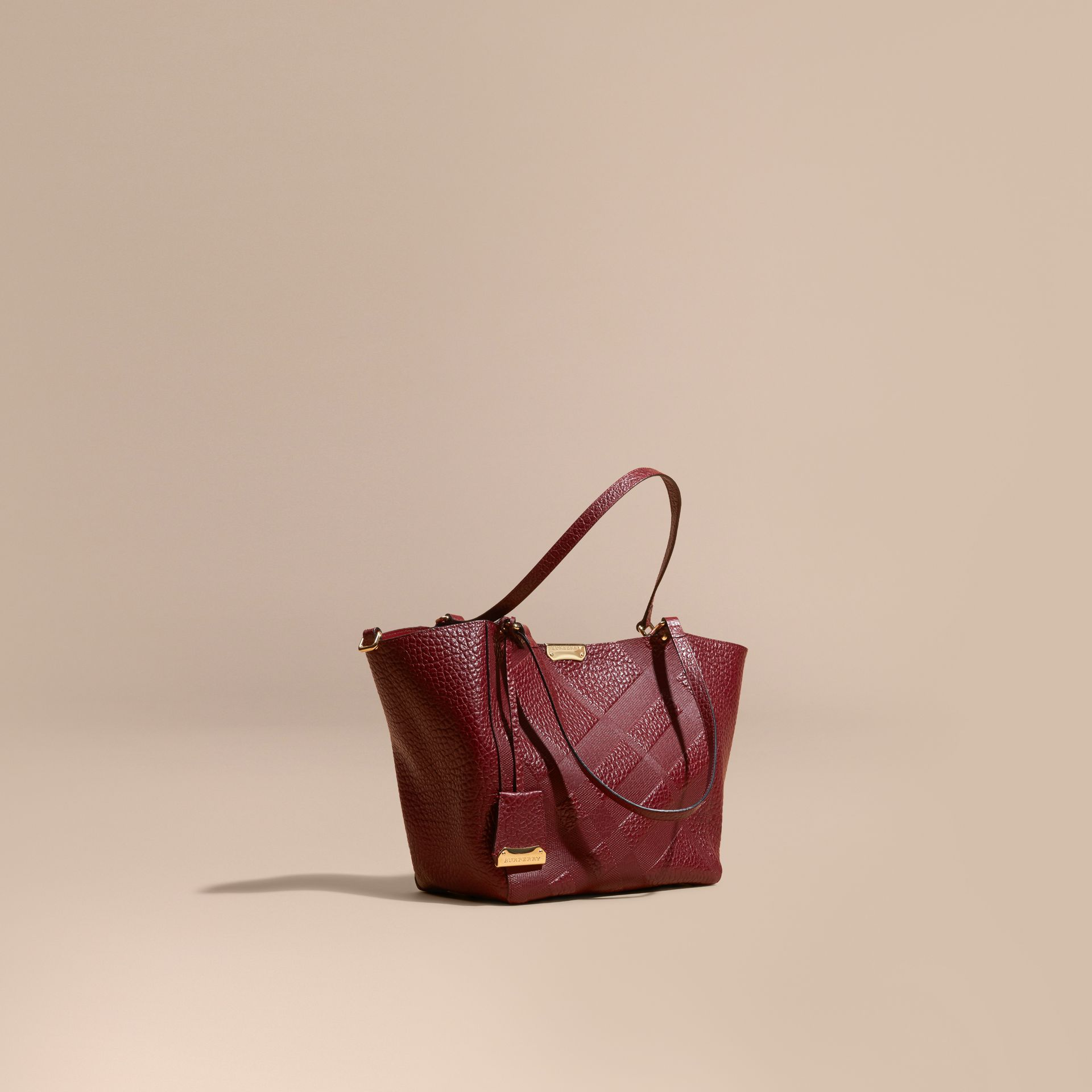 Rouge intense Petit Sac The Canter en cuir avec motif check estampé - photo de la galerie 1