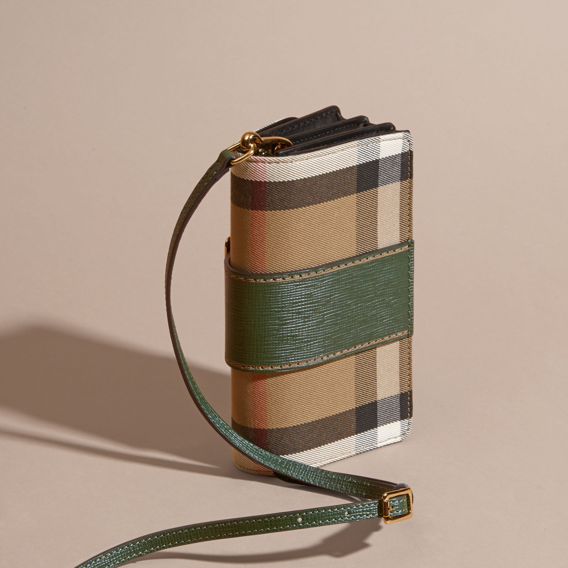 The Small Buckle Bag in House Check and Leather in Kelly Green/kelly Green - Women | Burberry Canada - gallery image 4