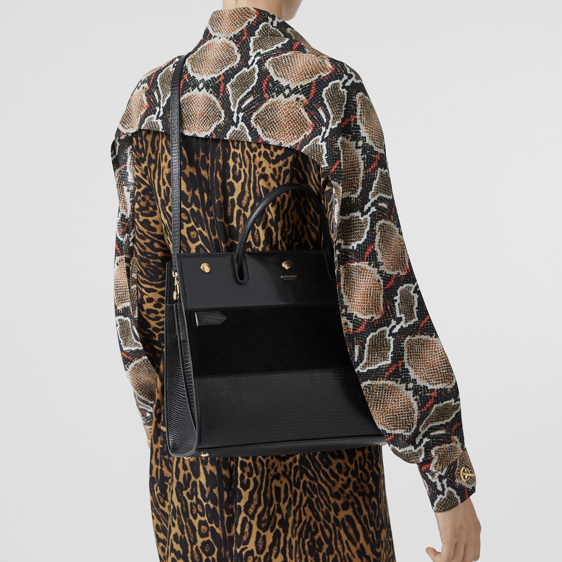 Sac Title moyen en cuir de cerf et cuir velours (Noir) - Femme | Burberry Canada - photo de la galerie 2