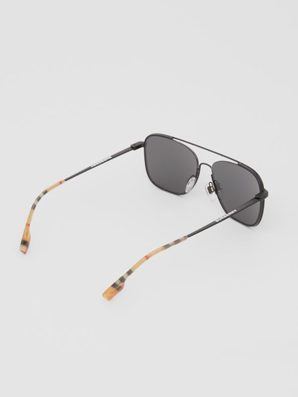Top Bar Detail Square Frame Sunglasses in Matte Black - Men | Burberry Canada - cell image 3