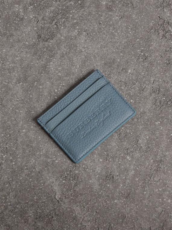 Porta-cartões de couro texturizado com detalhe em relevo (Azul Petróleo Terroso)
