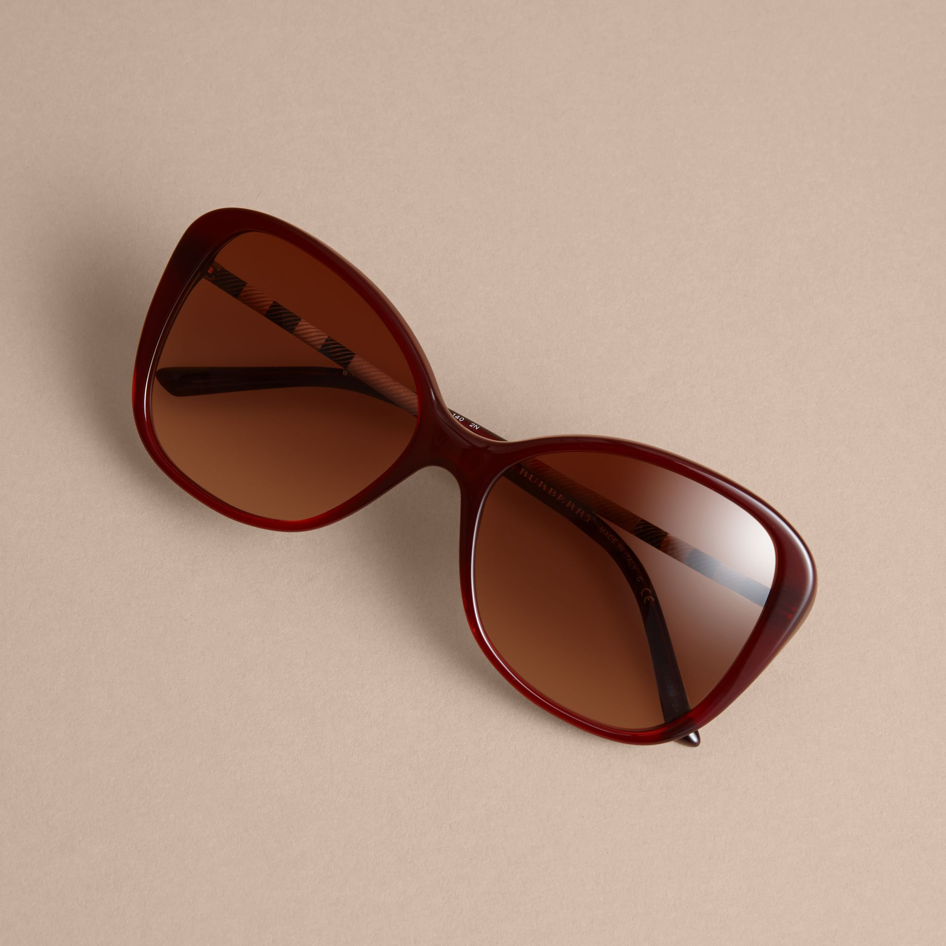 Check Detail Butterfly Frame Sunglasses Oxblood - gallery image 3