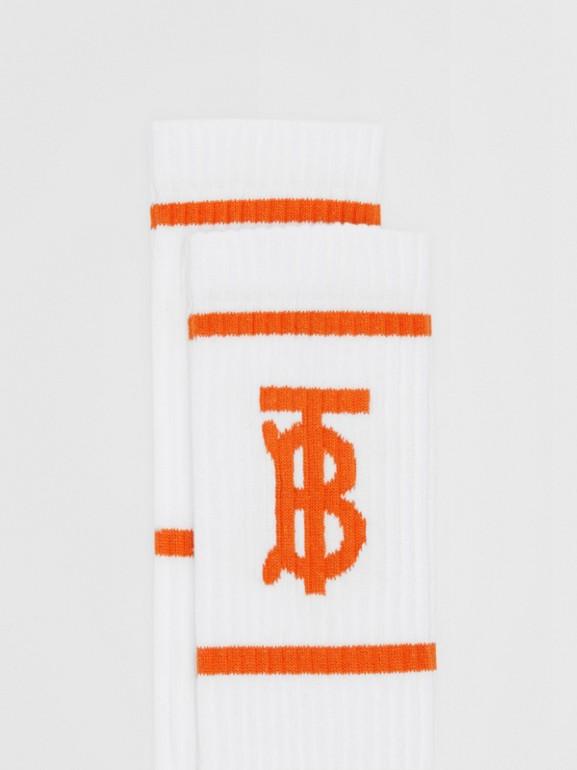 Calzini con motivo monogramma a intarsio (Bianco/arancio) | Burberry - cell image 1