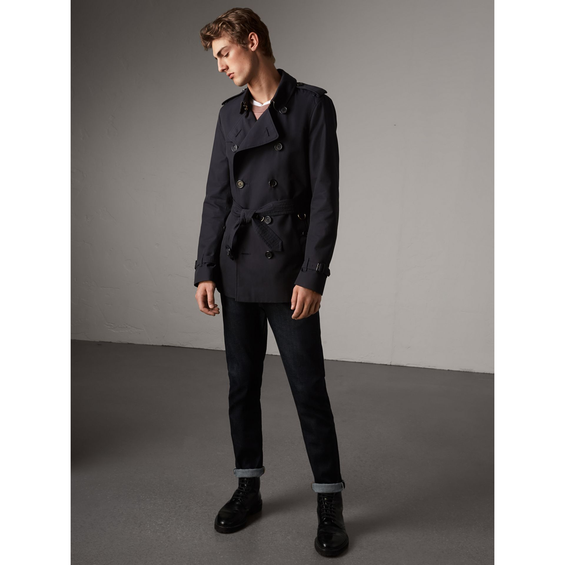 The Kensington - Trench coat corto (Navy) - Uomo | Burberry - immagine della galleria 6