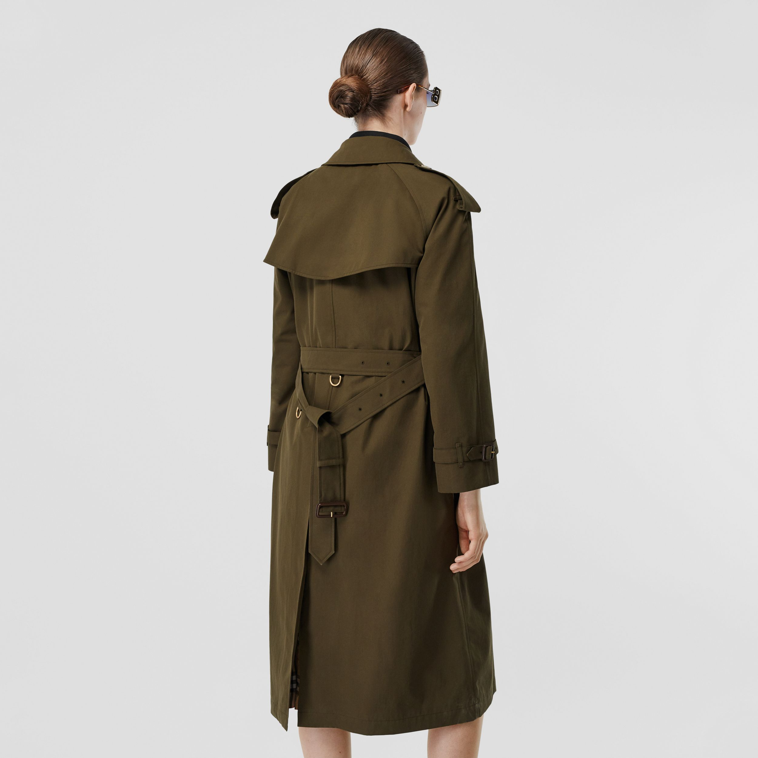 The Long Westminster Heritage Trench Coat in Dark Military Khaki - Women | Burberry - 3