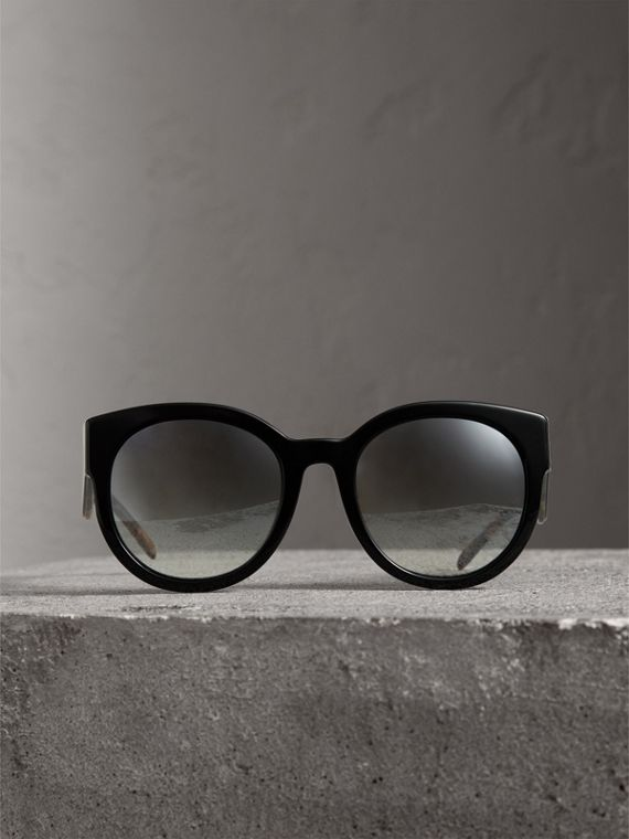Round Frame Sunglasses in Black - Women | Burberry Australia - cell image 3