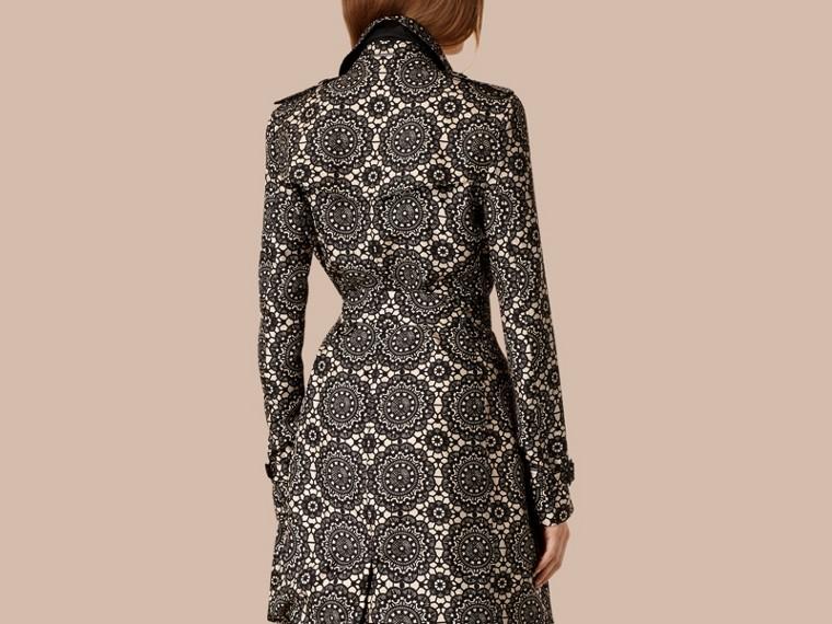 Pietra/nero Trench coat sfoderato in seta con stampa effetto pizzo - cell image 1
