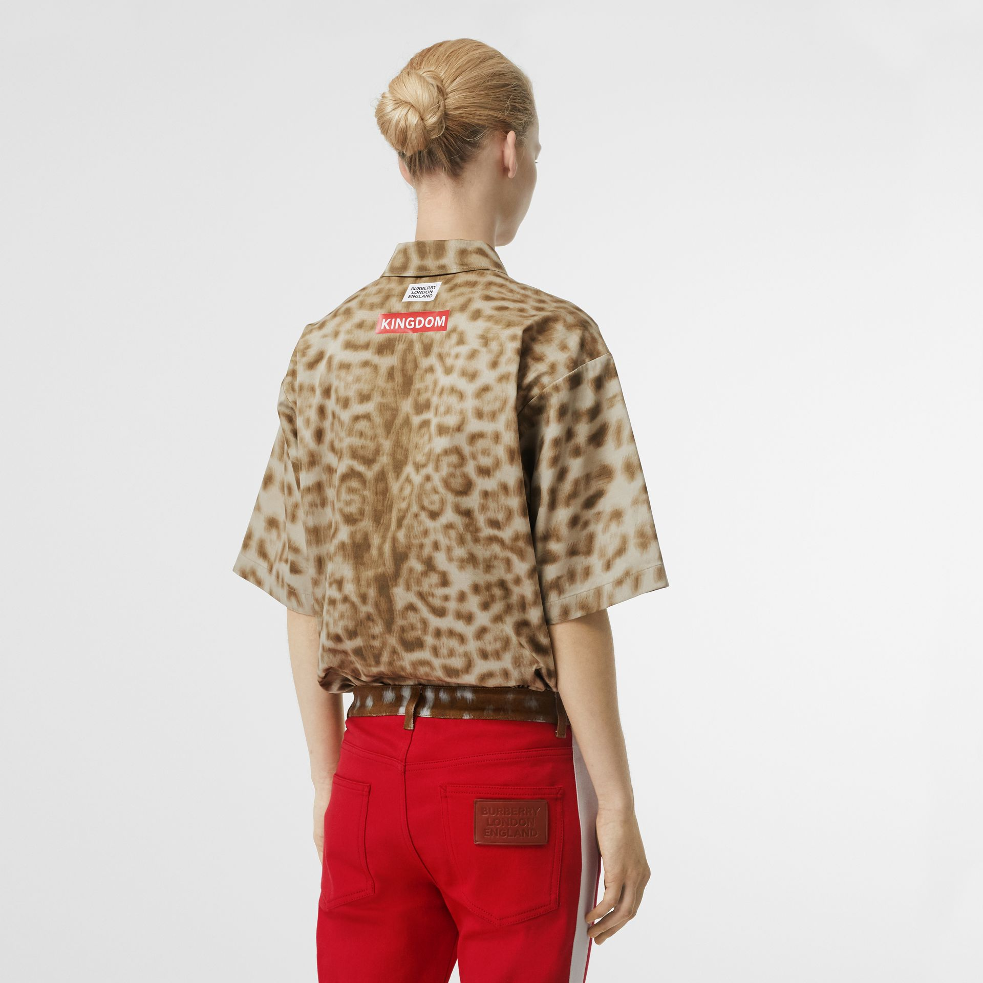 Short-sleeve Animal Print Cotton Oversized Shirt in Beige - Women | Burberry - gallery image 2
