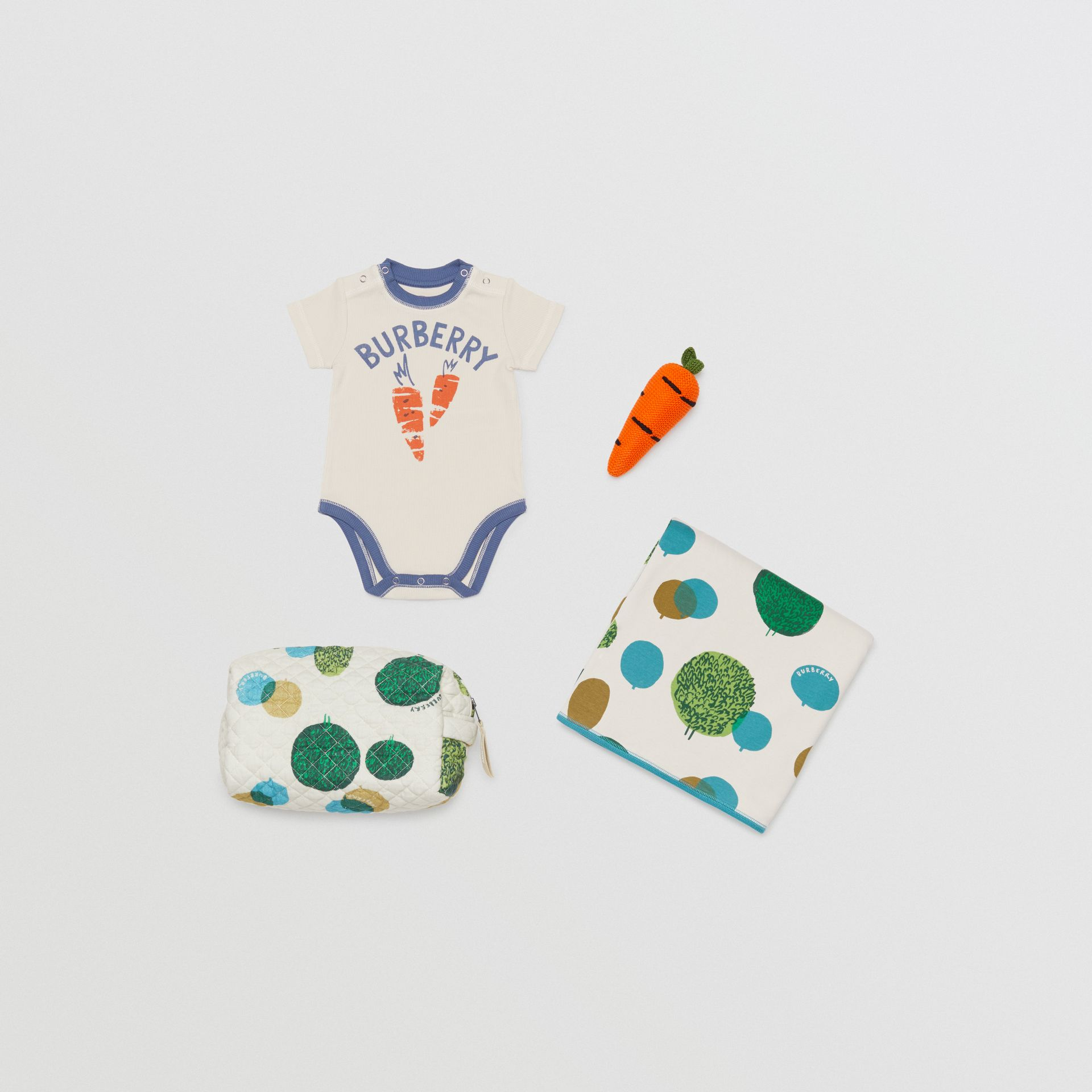 Carrot and Tree Print Three-piece Baby Gift Set in Stone - Children | Burberry Canada - gallery image 0