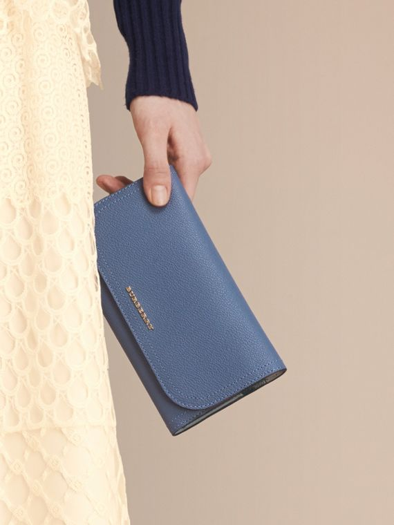 Two-tone Leather Continental Wallet and Coin Case in Steel Blue/multi - Women | Burberry Singapore - cell image 3