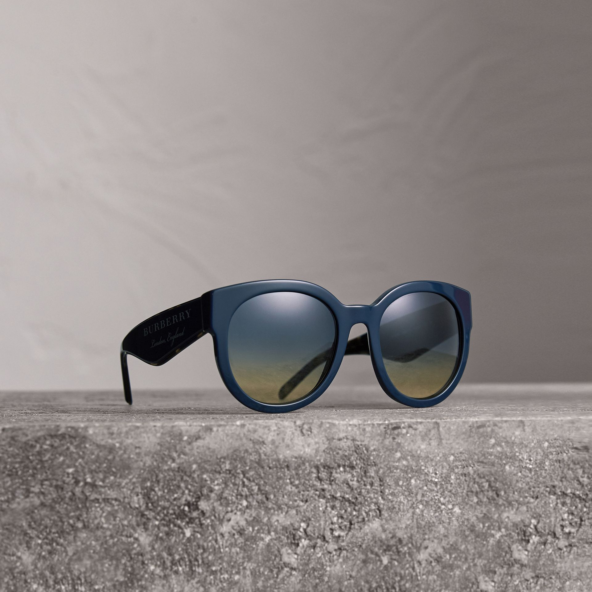 Round Frame Sunglasses in Navy - Women | Burberry - gallery image 0
