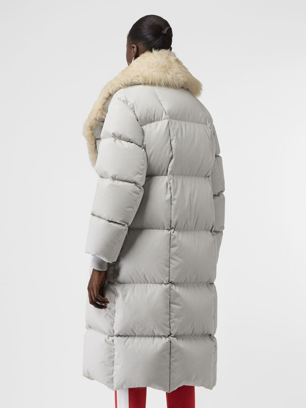 Detachable Shearling Collar Down-filled Puffer Coat in Pale Grey - Women | Burberry Canada - cell image 2
