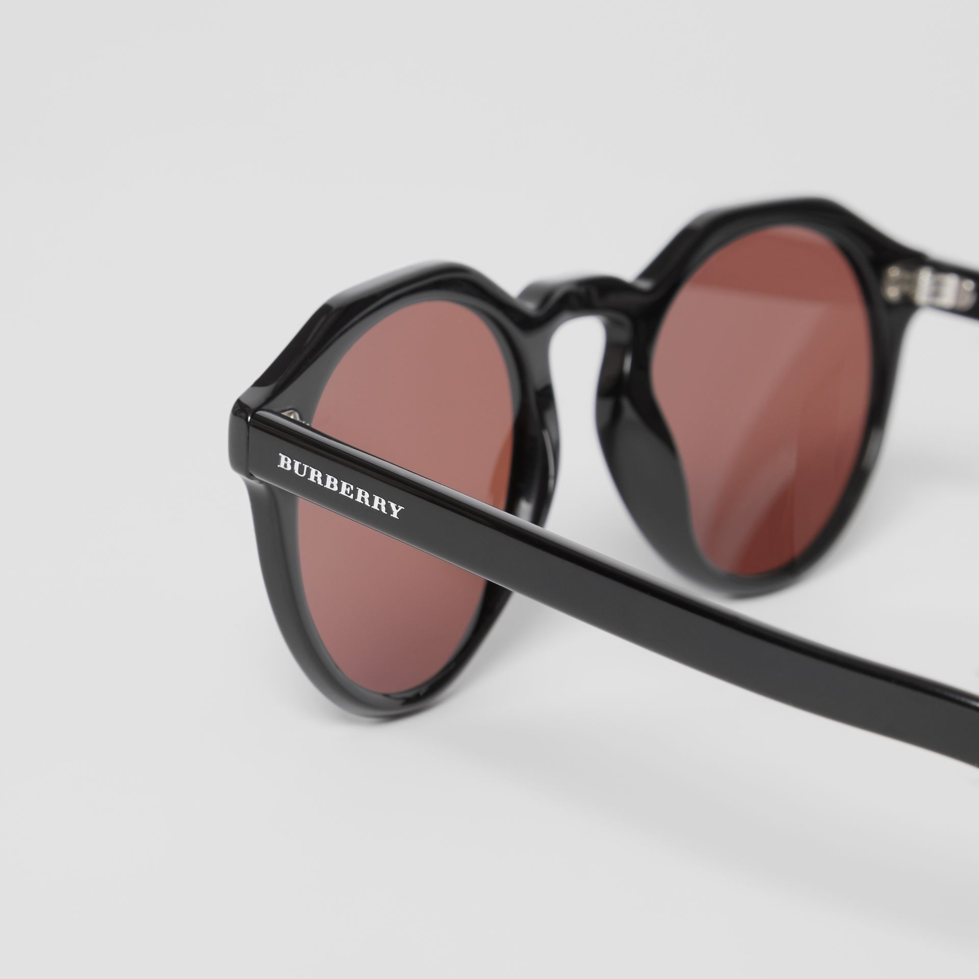 Keyhole Round Frame Sunglasses in Black - Men | Burberry - gallery image 1