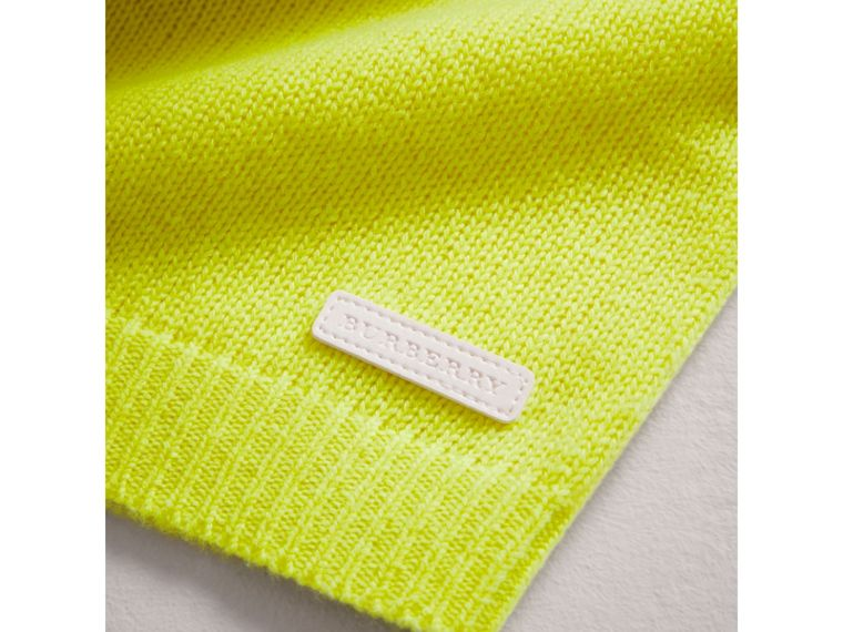 Cashmere Three-piece Baby Gift Set in Neon Yellow | Burberry United Kingdom - cell image 1