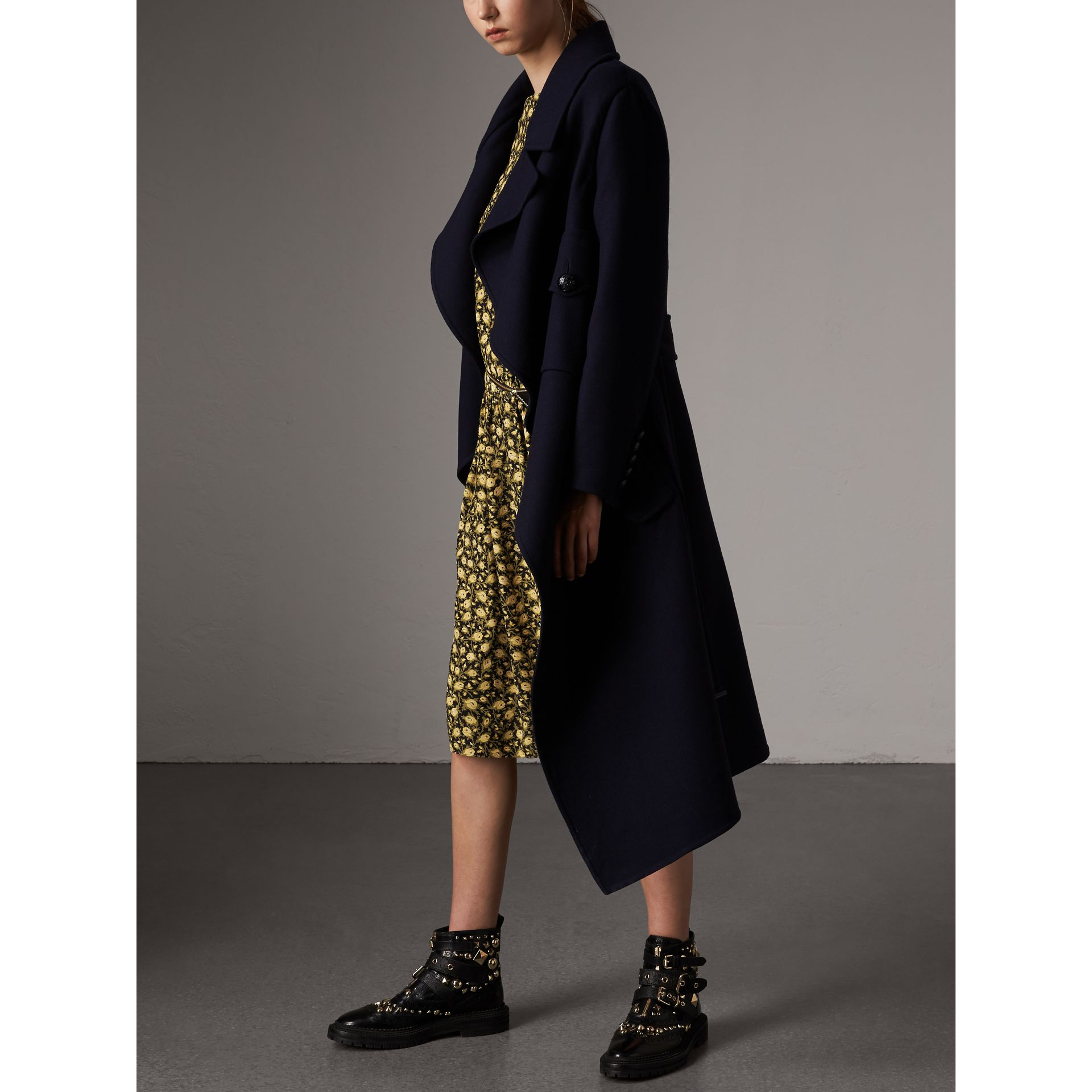 Double-faced Wool Cashmere Wrap Coat in Navy - Women | Burberry Australia - gallery image 4