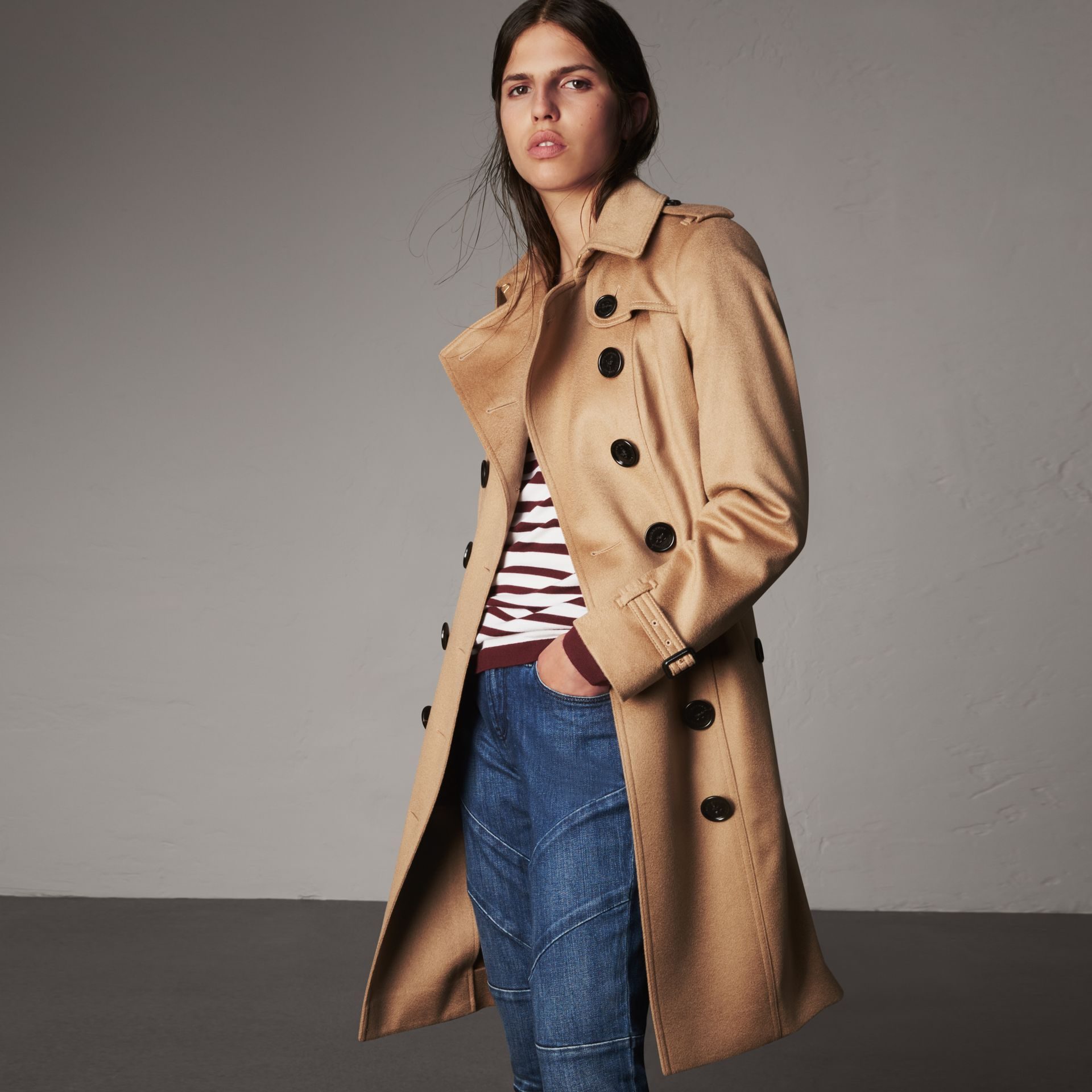 Sandringham Fit Cashmere Trench Coat in Camel - Women | Burberry Singapore - gallery image 0