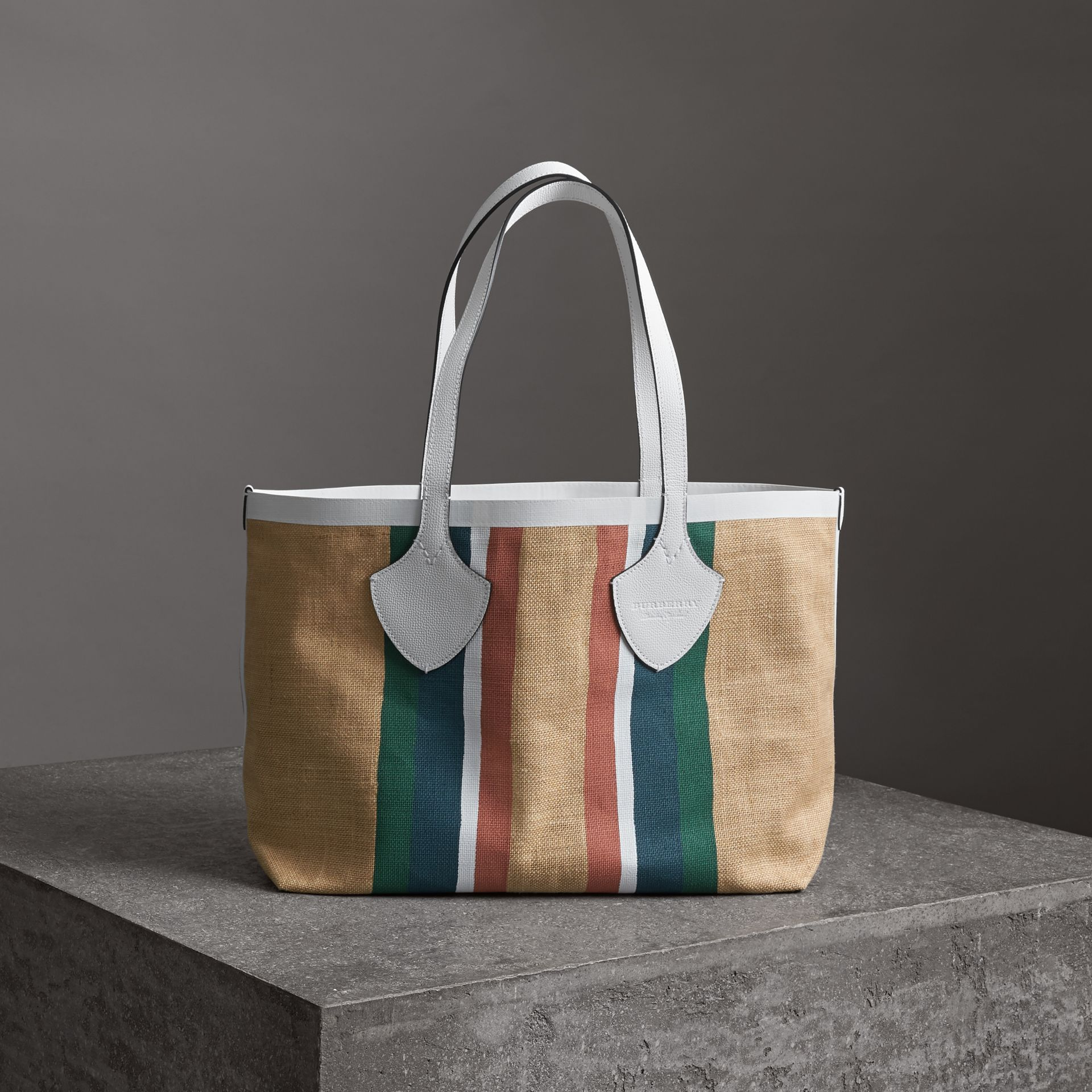 The Medium Giant Tote in Striped Jute in Chalk White - Women | Burberry - gallery image 0