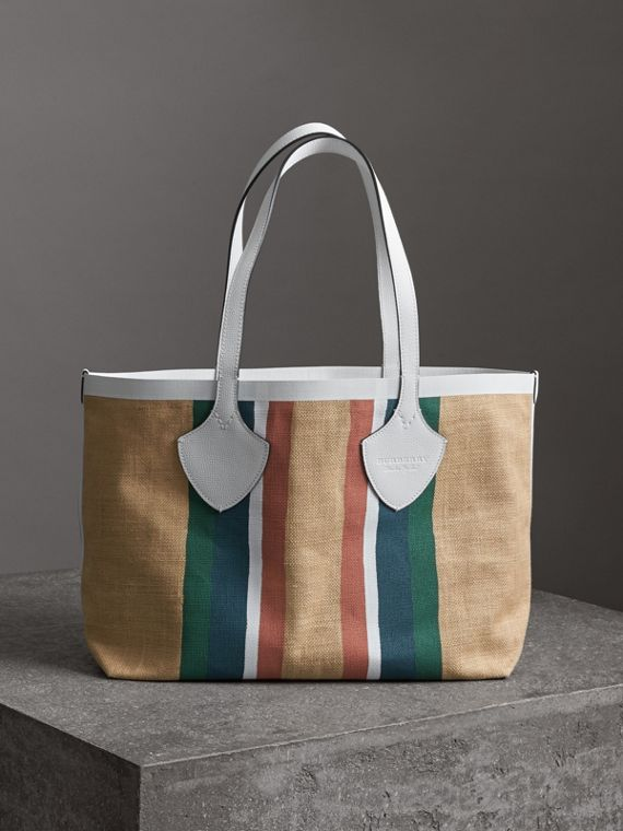 The Medium Giant Tote in Striped Jute in Chalk White