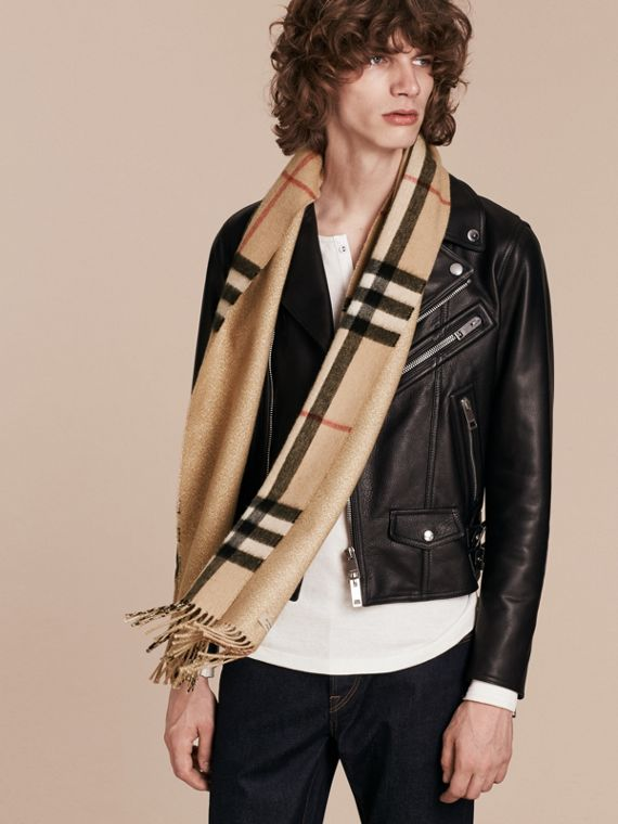 Reversible Metallic Check Cashmere Scarf in Camel | Burberry - cell image 3
