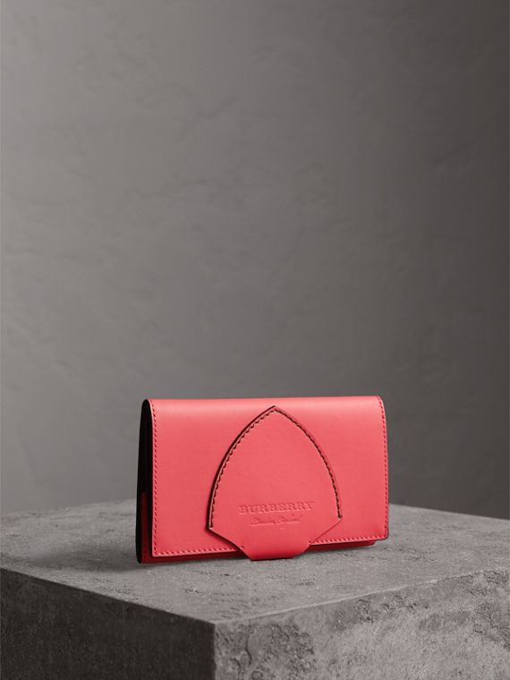Equestrian Shield Two-tone Leather Continental Wallet in Peony Pink