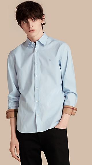 Camisa en popelina de algodón elástico con detalles de checks