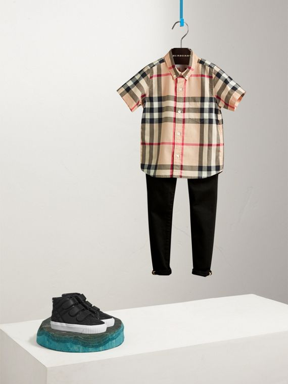 Short-sleeve Check Cotton Twill Shirt in New Classic