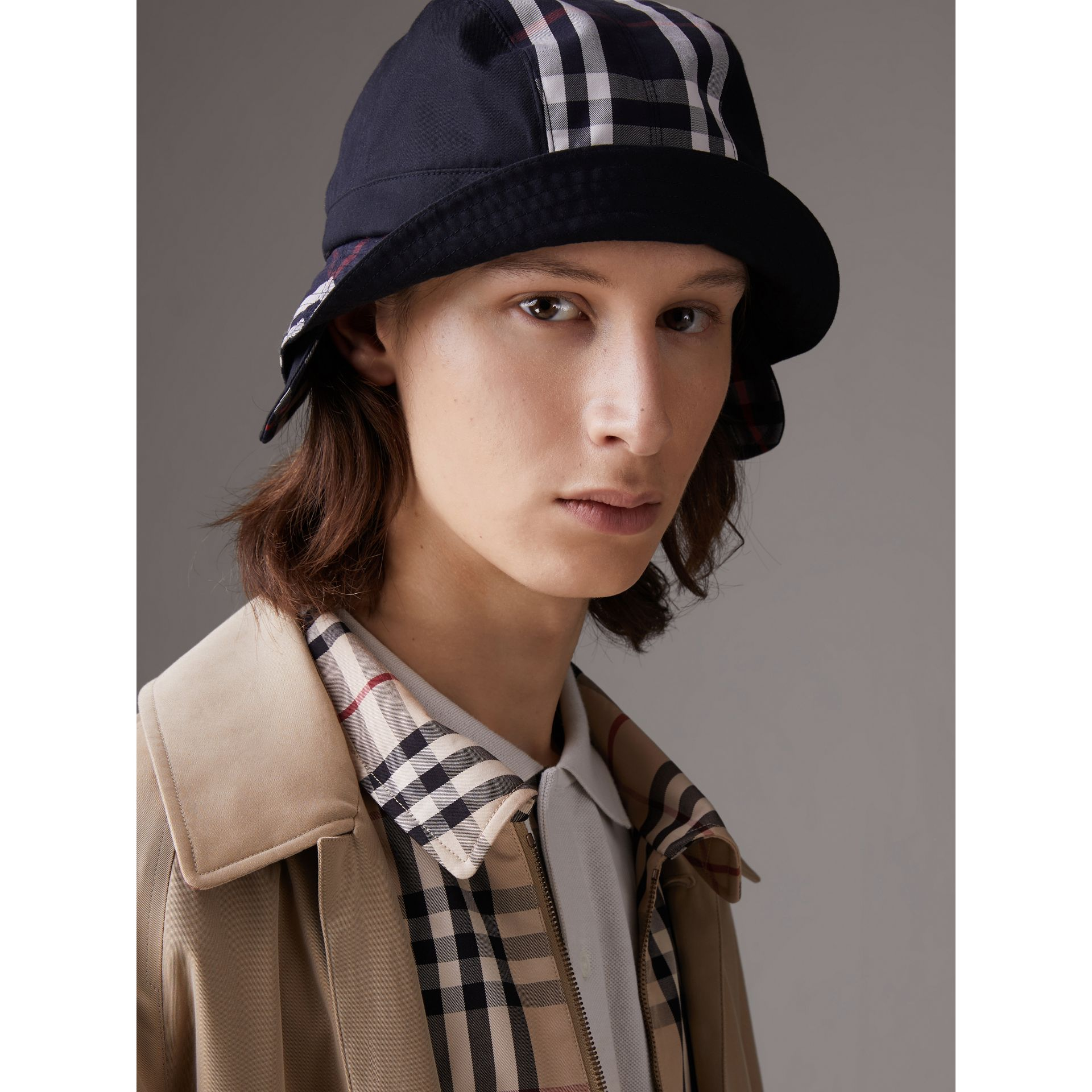 Gosha x Burberry Bucket Hat in Navy | Burberry Hong Kong - gallery image 6