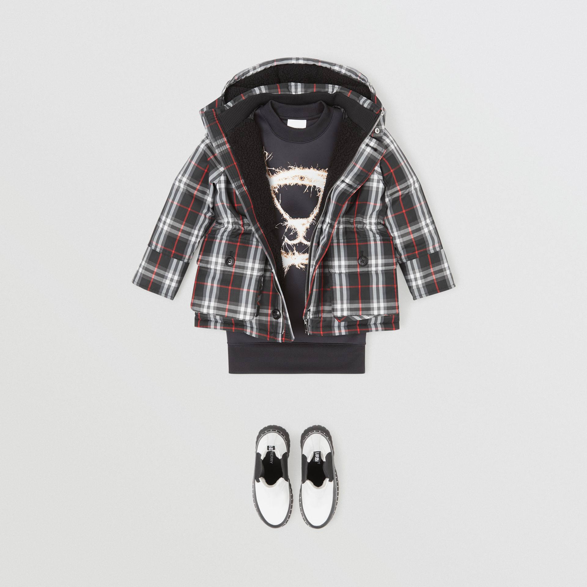 Vintage Check Down-filled Hooded Puffer Jacket in Black | Burberry - gallery image 2