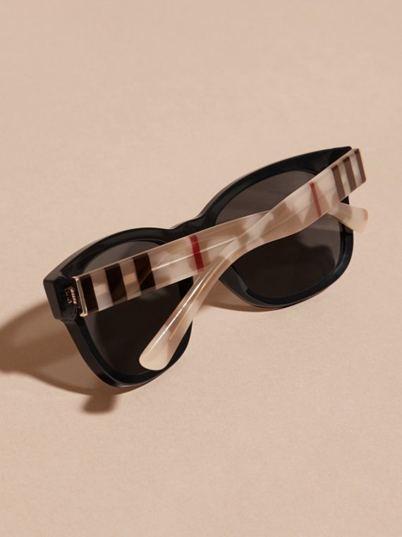 Black Check and Camouflage Detail Square Frame Sunglasses Black - cell image 3