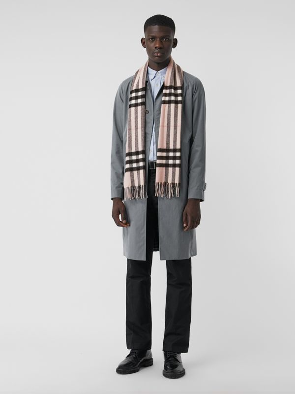 The Classic Check Cashmere Scarf in Ash Rose | Burberry Singapore - cell image 3