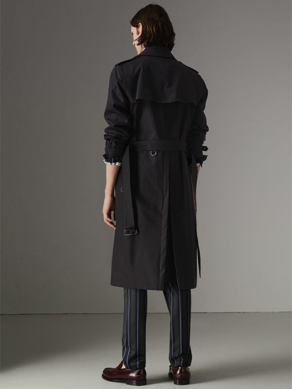 The Long Kensington Heritage Trench Coat in Black - Men | Burberry - cell image 2