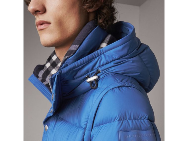 Detachable-sleeve Down-filled Puffer Jacket in Cerulean Blue - Men | Burberry Singapore - cell image 4