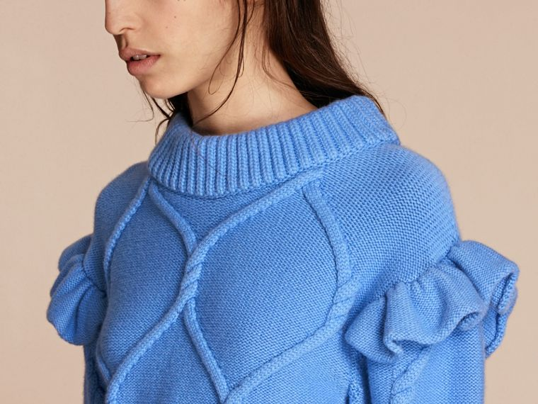 Hydrangia blue Ruffle-sleeved Cable Knit Wool Cashmere Sweater - cell image 4