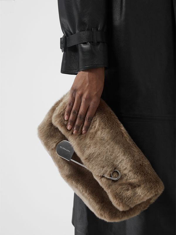 The Medium Pin Clutch in Faux Fur in Light Grey - Women | Burberry - cell image 3