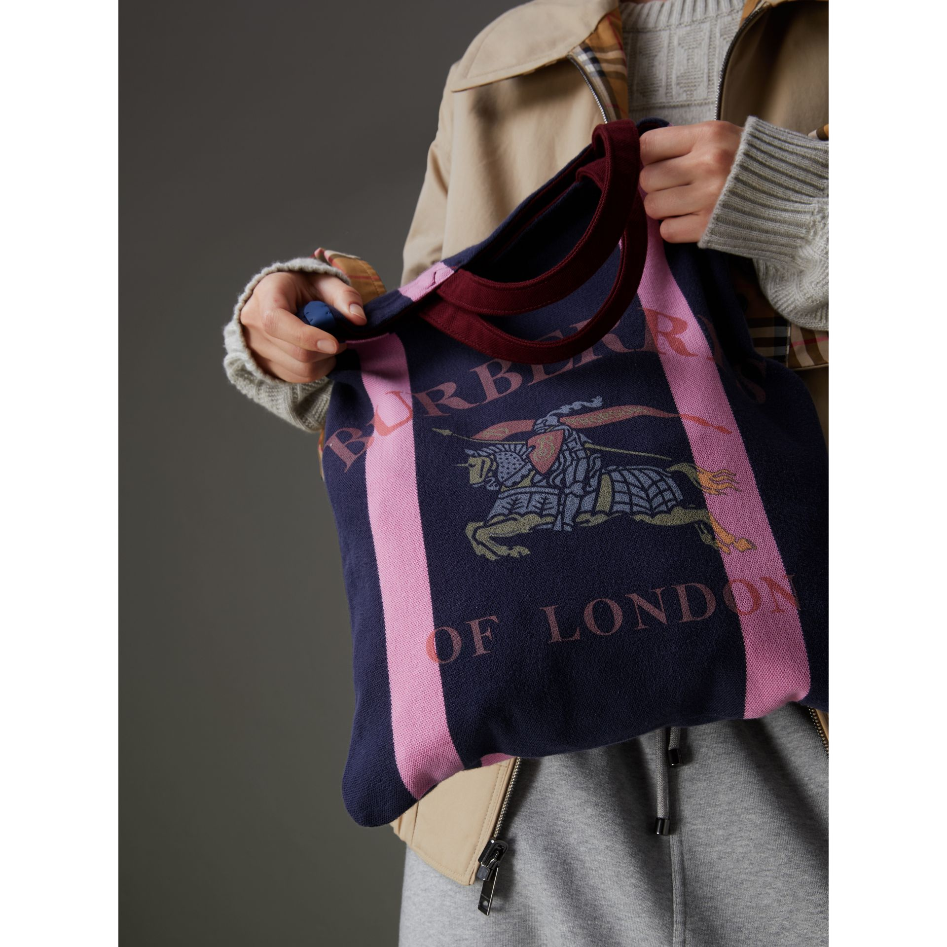 Medium Archive Logo Jersey Shopper in Navy/rose Pink | Burberry Australia - gallery image 1