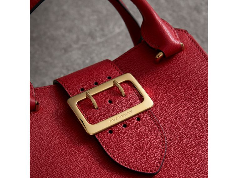 The Small Buckle Tote in Grainy Leather in Parade Red - Women | Burberry United States - cell image 1