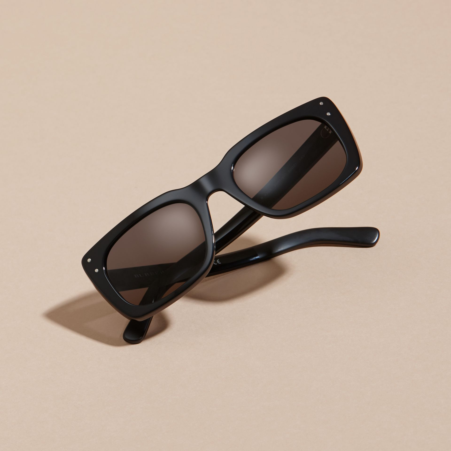 Black Square Frame Sunglasses Black - gallery image 6
