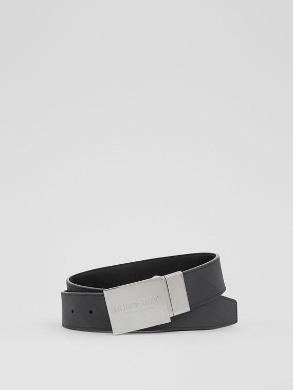 Reversible Plaque Buckle London Check Belt in Dark Charcoal/black