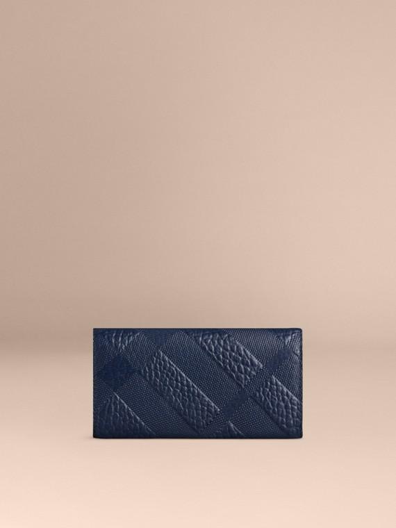 Bleu carbone Portefeuille continental en cuir à motif check estampé Bleu Carbone - cell image 2