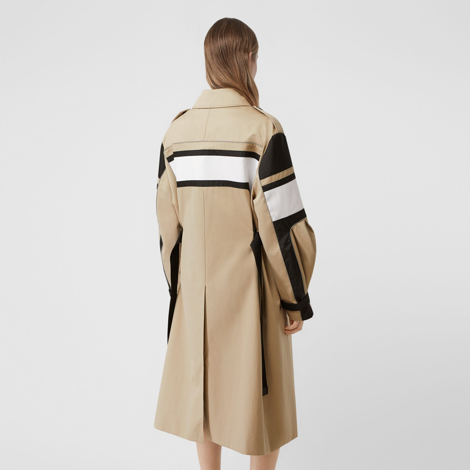 Cotton Gabardine Reconstructed Trench Coat in Soft Fawn - Women | Burberry Australia - gallery image 2