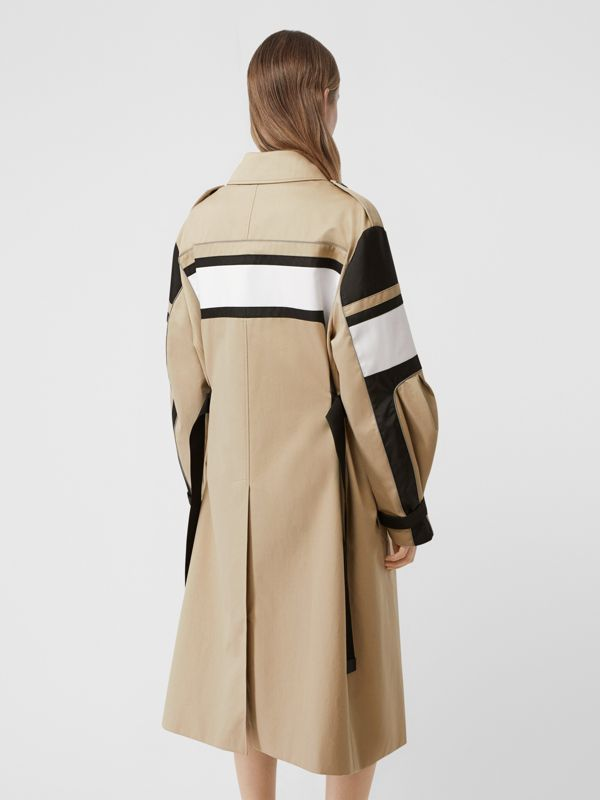 Cotton Gabardine Reconstructed Trench Coat in Soft Fawn - Women | Burberry Australia - cell image 2