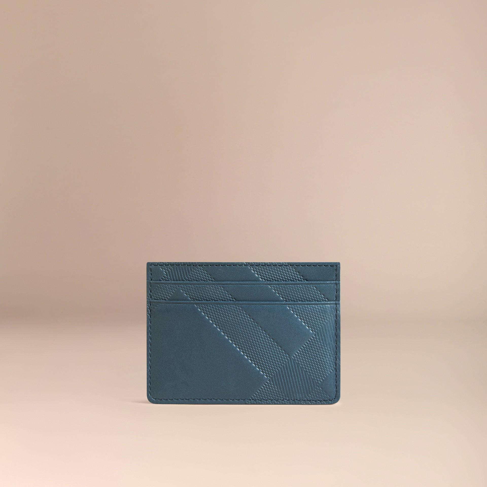 Bleu acier Porte-cartes en cuir à motif check en relief Bleu Acier - photo de la galerie 3