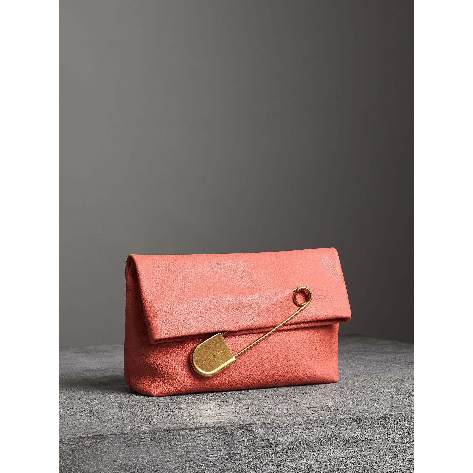 The Medium Pin Clutch in Leather in Bright Coral Pink - Women | Burberry United Kingdom - gallery image 6