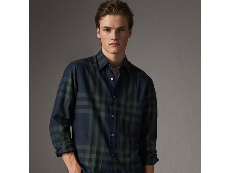 Check Cotton Cashmere Flannel Shirt in Navy - Men | Burberry - cell image 4