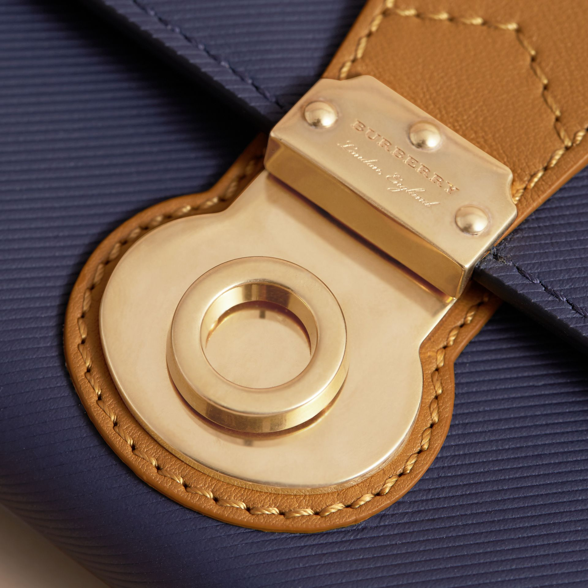 Two-tone Trench Leather Continental Wallet in Ink Blue/ochre Yellow - Women | Burberry - gallery image 2