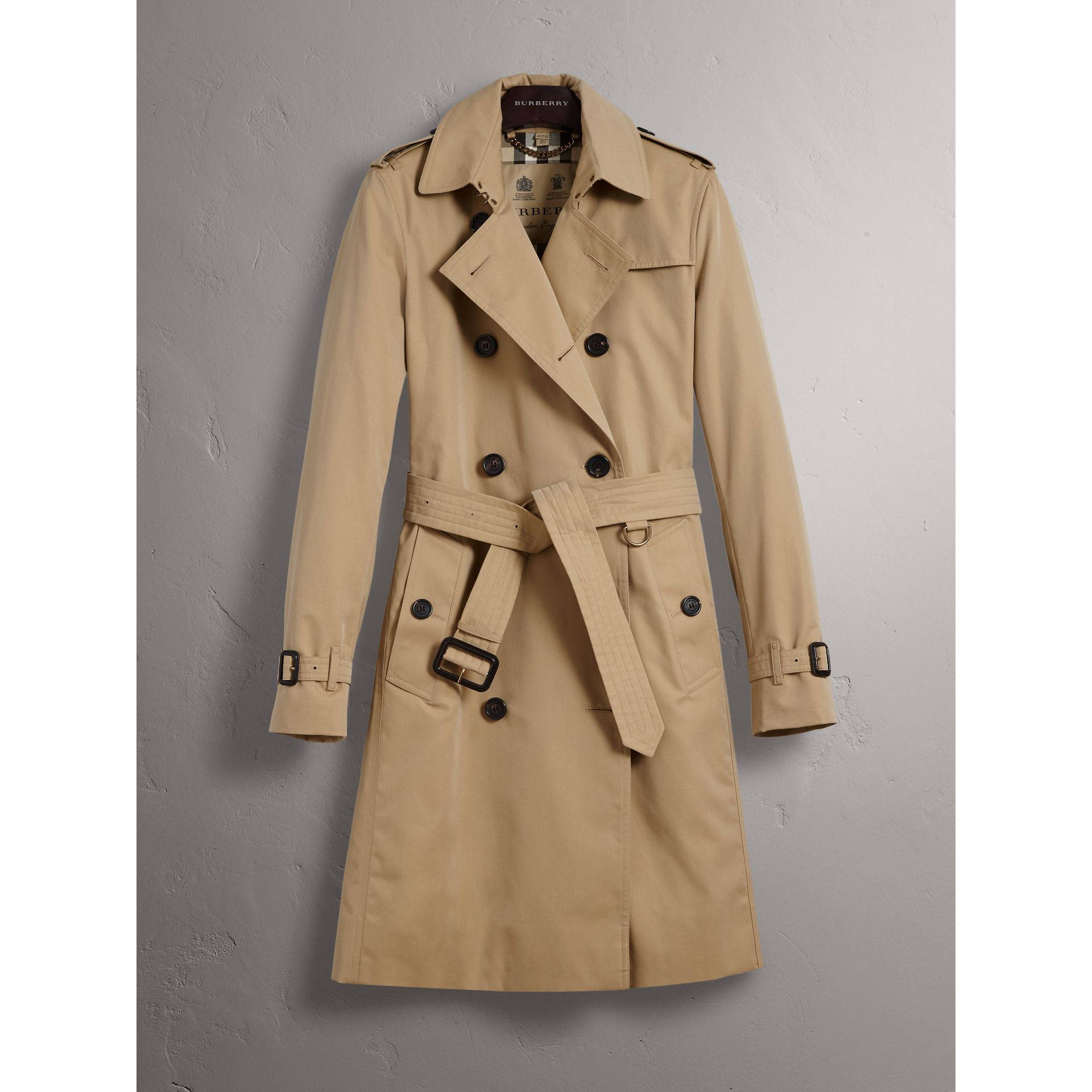the kensington long trench coat in honey women burberry united kingdom. Black Bedroom Furniture Sets. Home Design Ideas