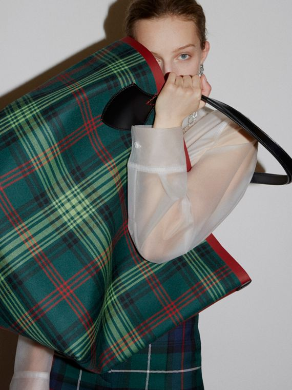 The Giant Reversible Tote in Tartan and Leather in Tan/pine Green