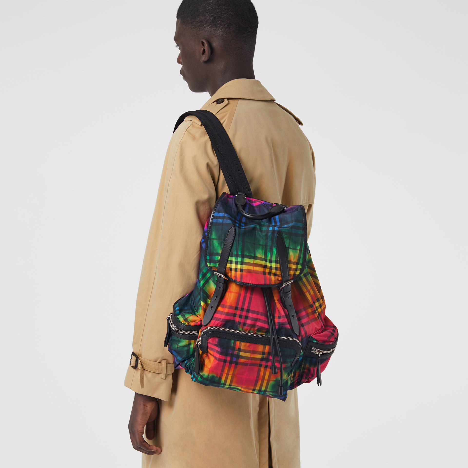 The Large Rucksack in Tie-dye Vintage Check in Multicolour | Burberry Singapore - gallery image 3