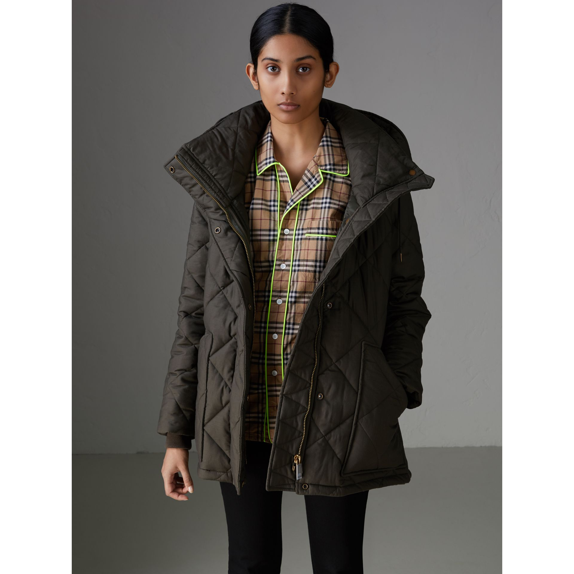 Detachable Hood Quilted Oversized Jacket in Olive - Women | Burberry - gallery image 4