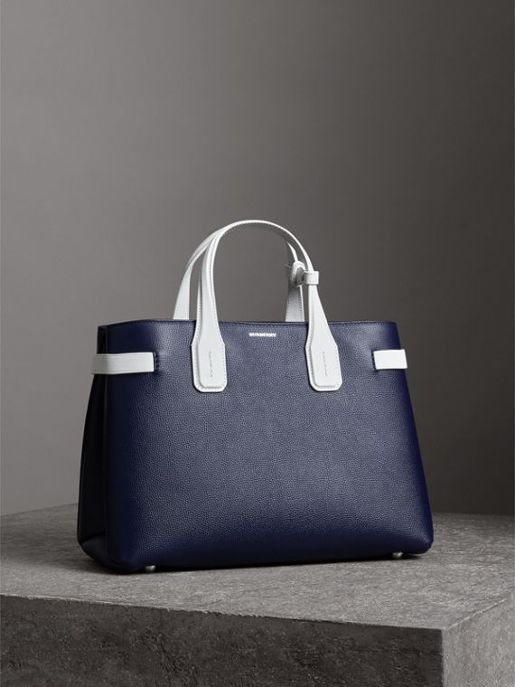 The Medium Banner in Two-tone Leather in Regency Blue/chalk White